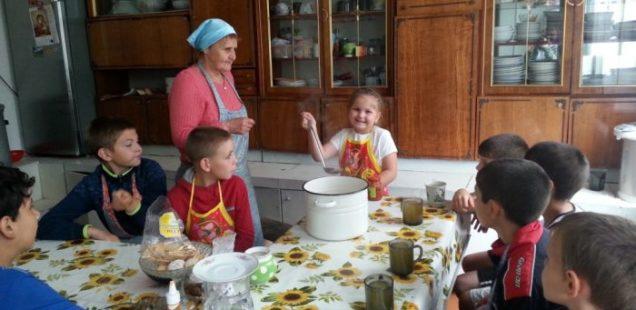 При храме святителя Николая г. Вяземский организован кулинарный кружок